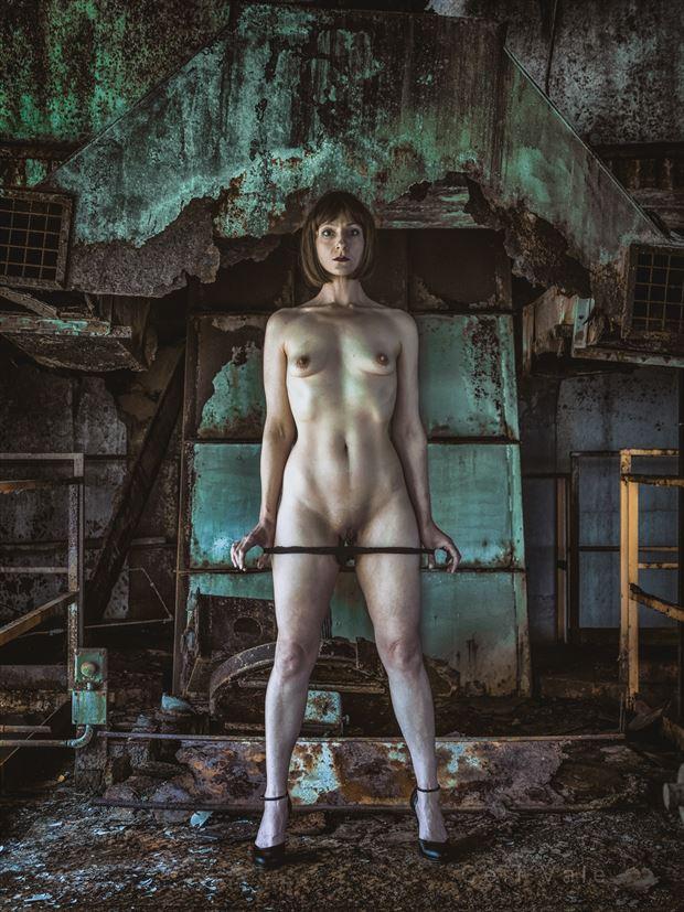 i serve artistic nude photo by photographer ceri vale