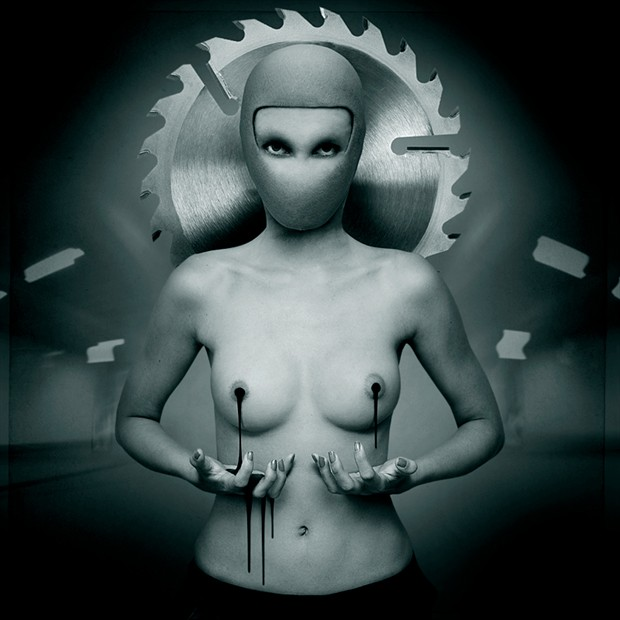 icon6 Surreal Photo by Artist anapt