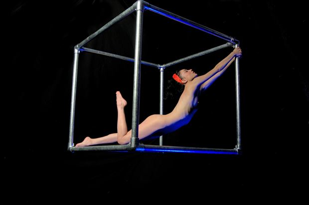 illustrating the hypotenuse artistic nude photo by photographer russb