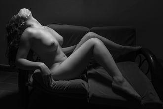 immune artistic nude photo by photographer hellguzart