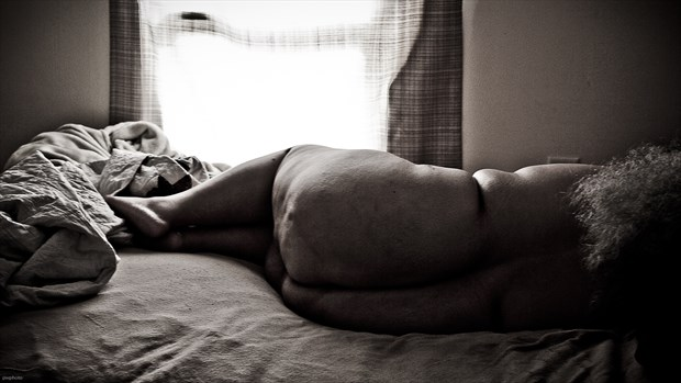 imperfect light 3 Artistic Nude Photo by Photographer PWPhoto