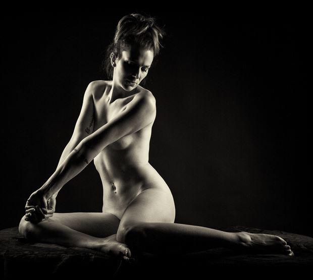 implied nude artistic nude photo by photographer maxoperandi