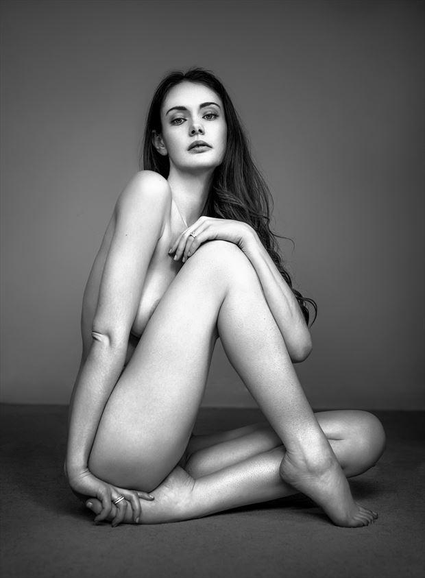 implied nude figure study photo by photographer ellis