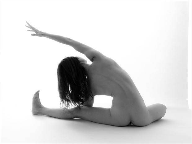 implied nude photo by photographer wilson cottonstone