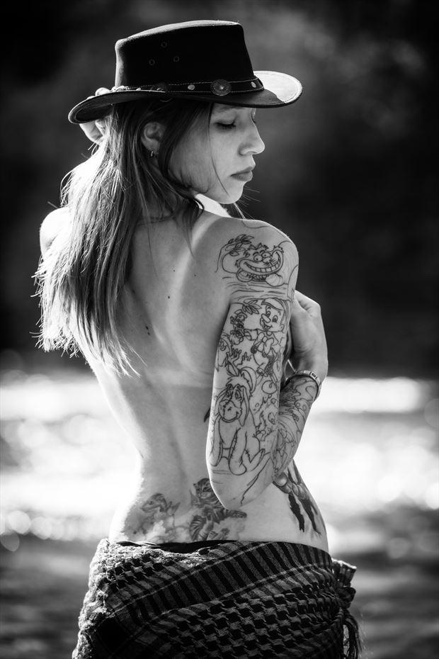 inked mood artistic nude artwork by photographer 27eins lutz zipser