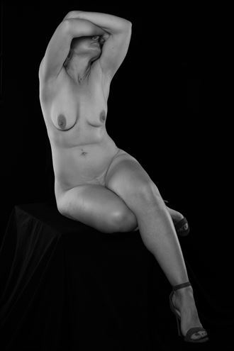 into my arms artistic nude photo by photographer andre