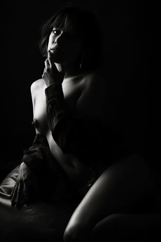 issua erotic photo by photographer larbcn