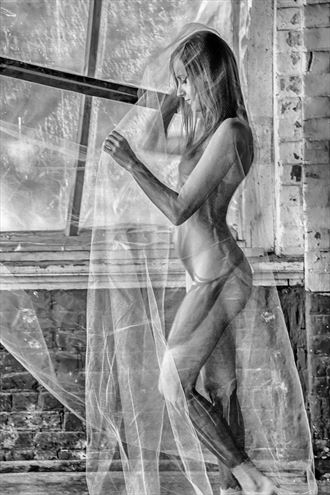 it s a wrap artistic nude photo by photographer bill milward