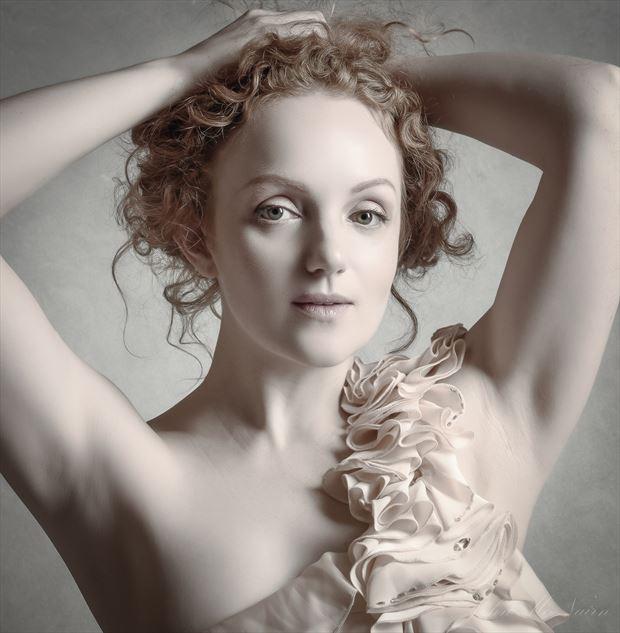 ivory pale studio lighting photo by photographer rascallyfox