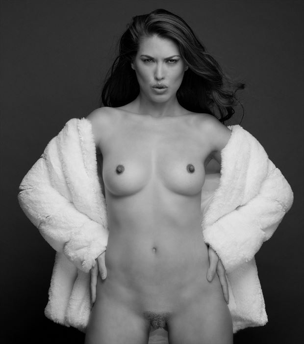 jamie with faux fur glamour photo by photographer stromephoto