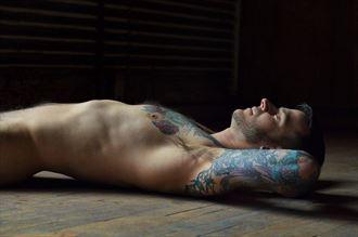 johnny figure study photo by photographer dan simoneau