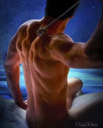 josh back scratch artistic nude artwork by photographer thomasnak