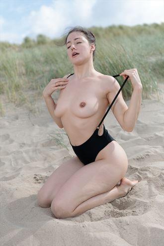 joy enjoying the sun bikini photo by photographer stephan zehnder