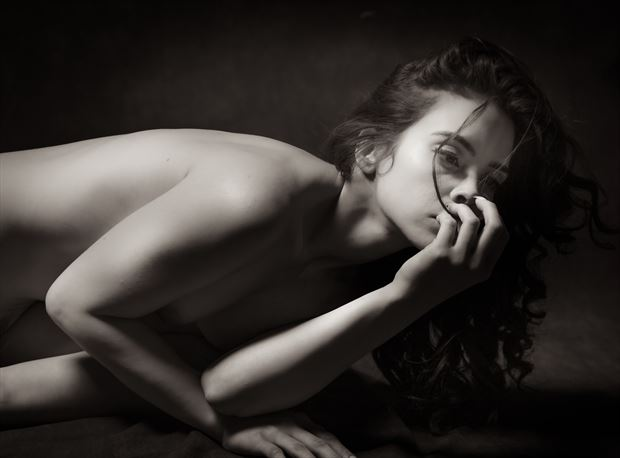 julia 8 artistic nude photo by photographer mountainlight