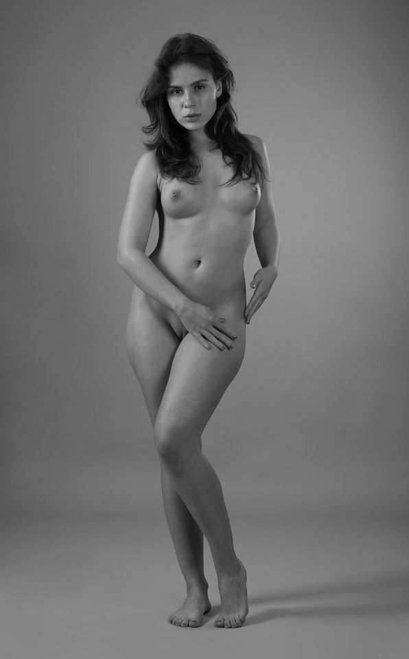 julia artistic nude photo by photographer anders bildmakare