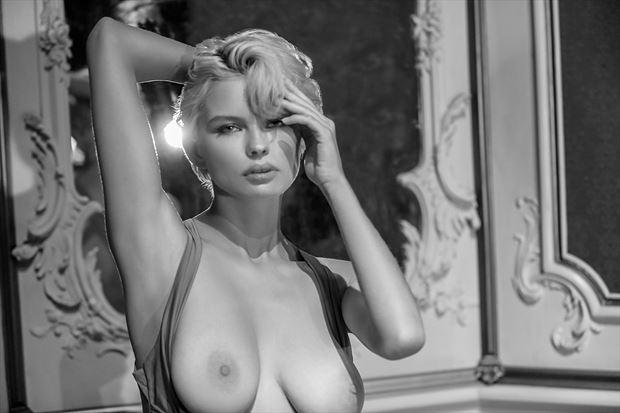 julia artistic nude photo by photographer bold photographix