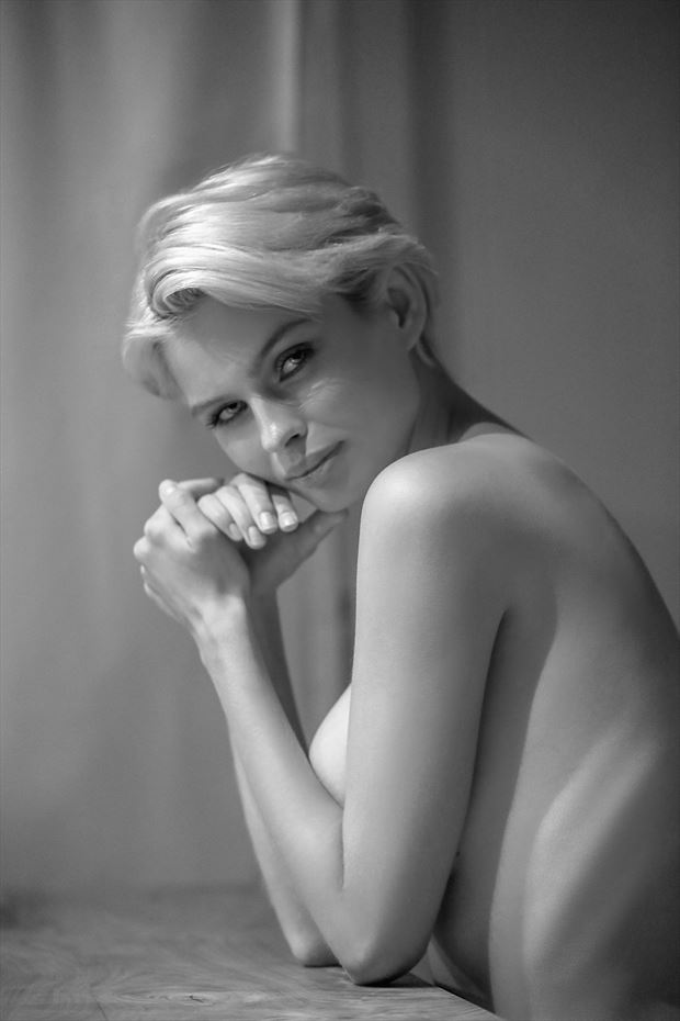 julia in moscow sensual photo by photographer bold photographix