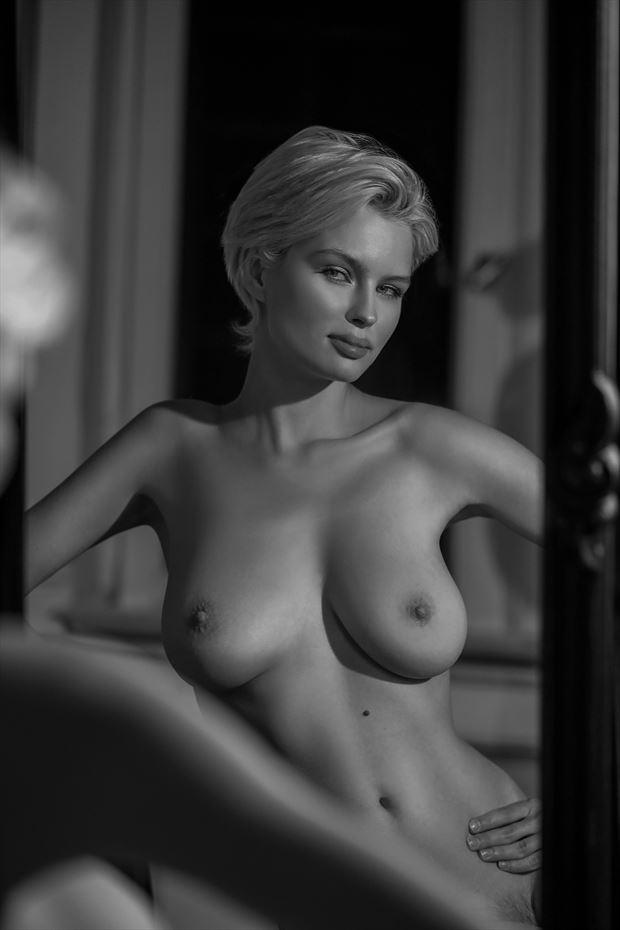 julia s smile artistic nude photo by photographer bold photographix