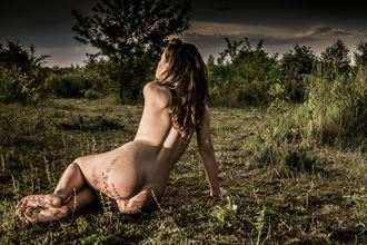 julia sitting in a heather artistic nude photo by photographer looking_eye