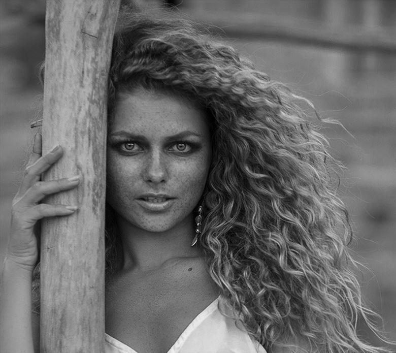 julia yaroshenko sensual photo by photographer dieter kaupp