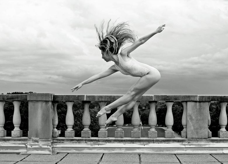 jump figure study photo by photographer werner lobert