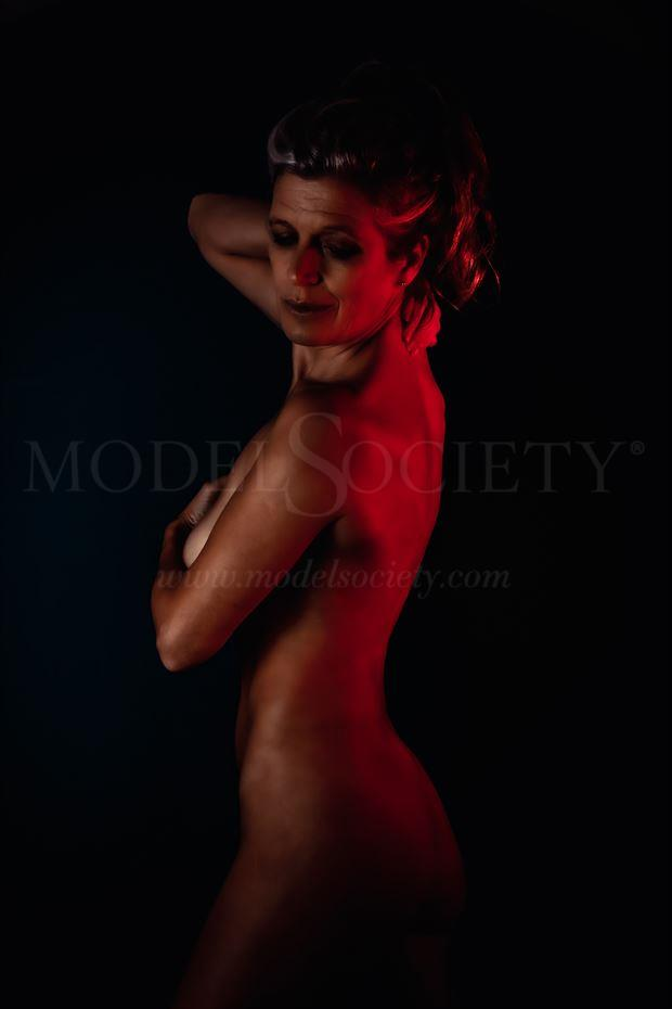 just an ordinary gel artistic nude photo by model helen saunders