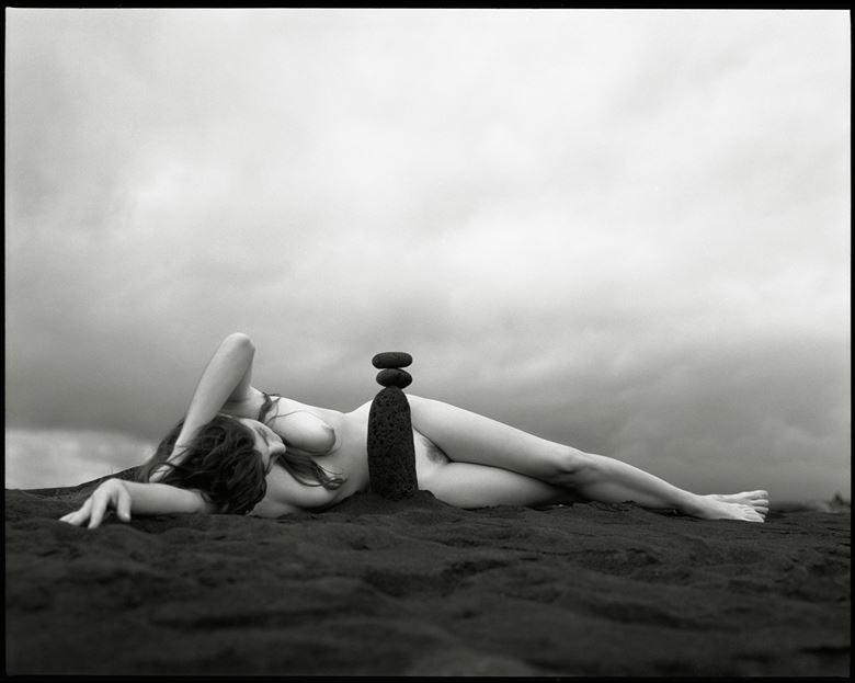 kalapana totem artistic nude artwork by photographer arbeit photo hawaii