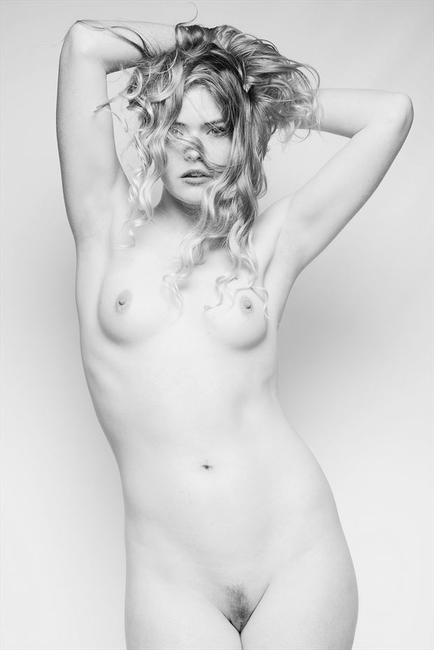 kat artistic nude photo by photographer stromephoto