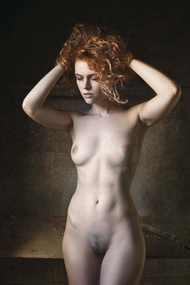 kate artistic nude photo by photographer ray fritz