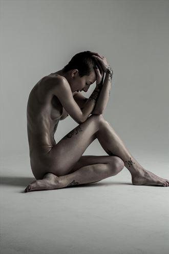 katex artistic nude photo by photographer richard benn