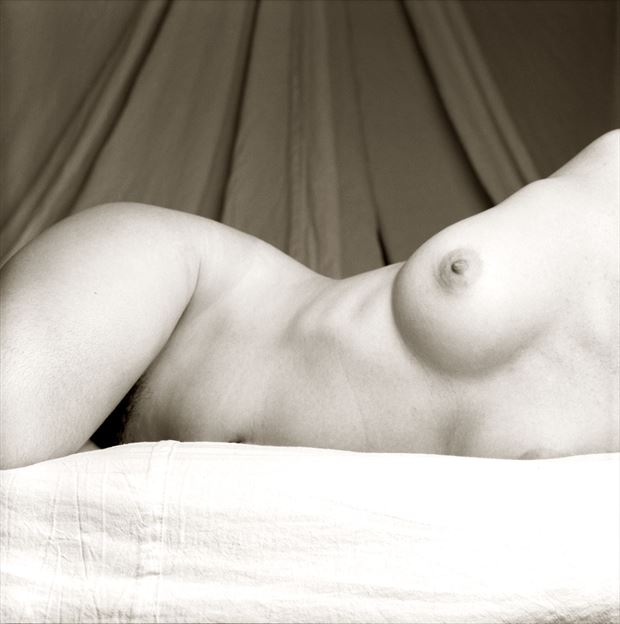 katyscape artistic nude photo by artist tzoltecart