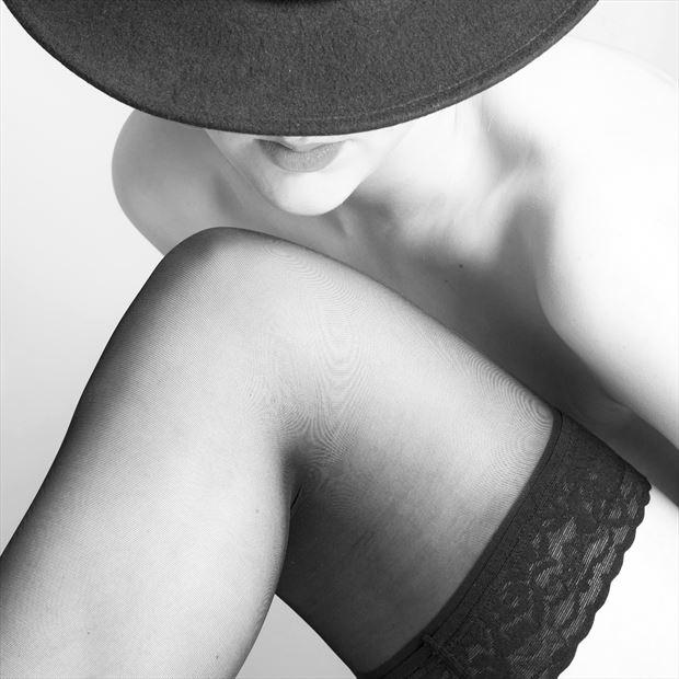 keep your hat on sensual photo by photographer josjoosten