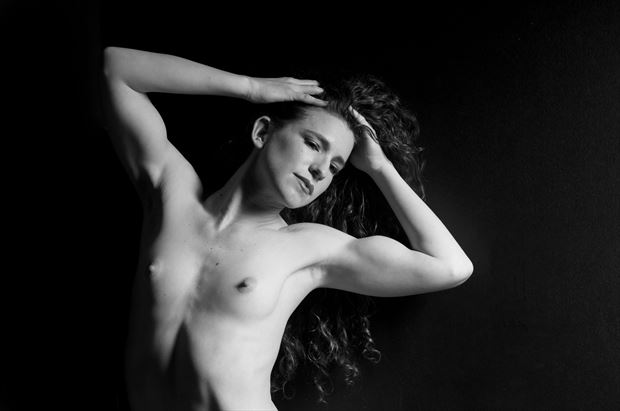 keira 1 artistic nude photo by photographer linda hollinger