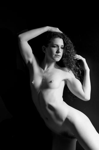 keira artistic nude photo by photographer linda hollinger