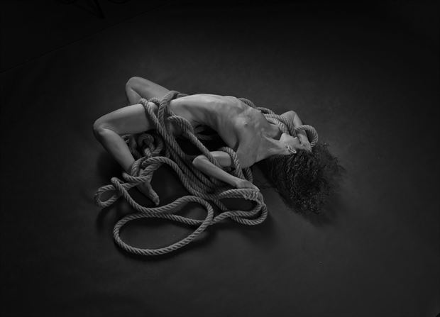 keira grant artistic nude photo by photographer linda hollinger