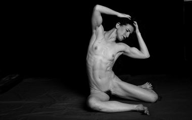 keira grant artistic nude photo by photographer robert l person