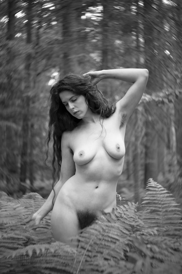 kelsey in ferns artistic nude photo by photographer autumnbearphoto