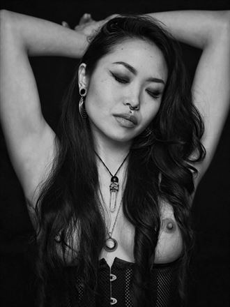kelsy artistic nude photo by photographer jeff deponte