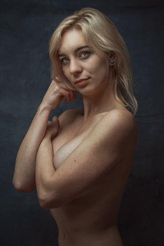 kiana erotic photo by photographer luj%C3%A9an burger