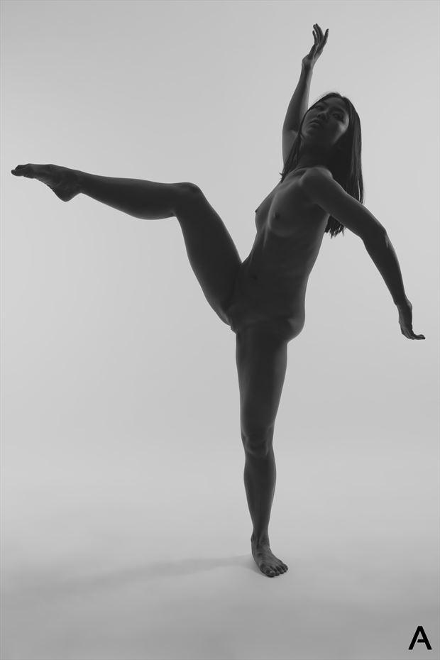 kick artistic nude photo by photographer apetura