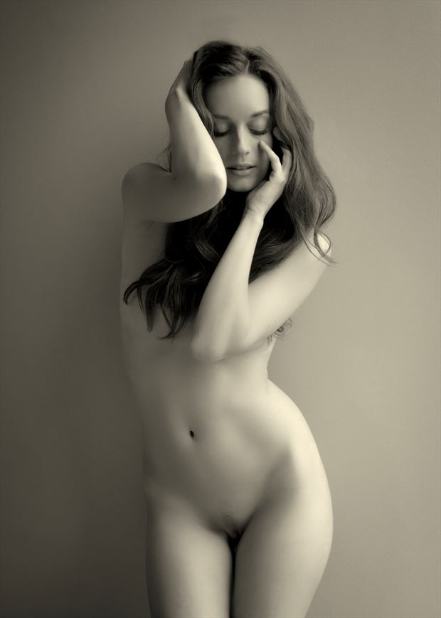 kim artistic nude photo by photographer nostromo images