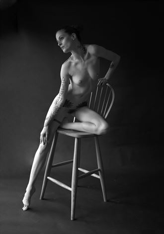 kimberly 4 artistic nude photo by photographer linda hollinger