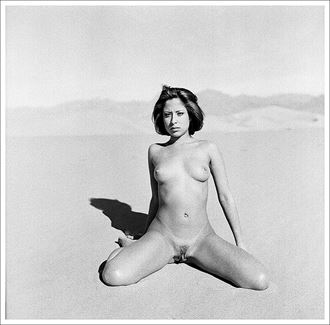 kirsten mesquite flats dunes death valley artistic nude photo by photographer marcophotola