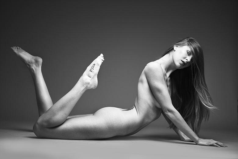 kris artistic nude photo by photographer renimagines