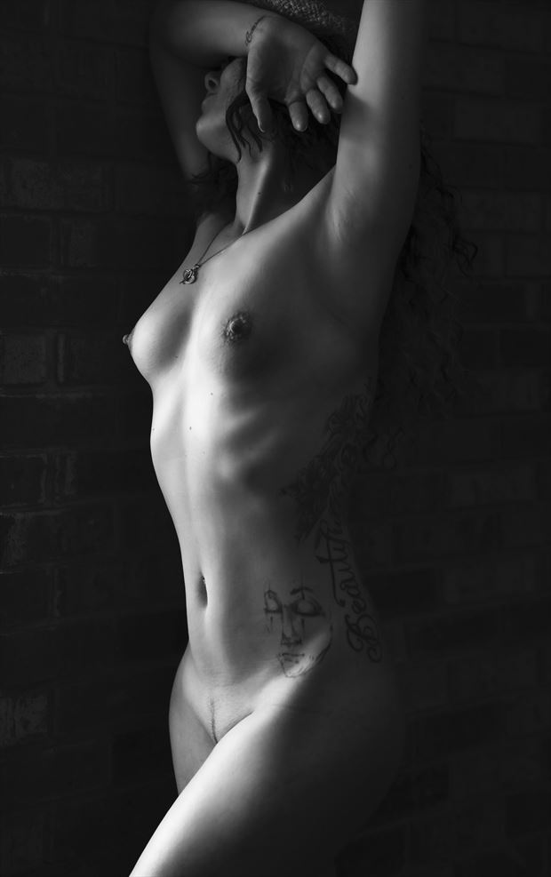 krissy 02 artistic nude photo by photographer sparklephotosc