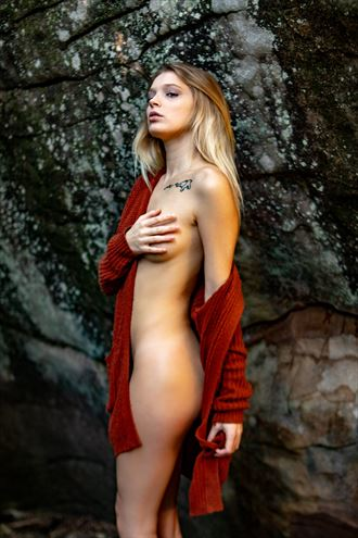 kylie in the fall nature photo by photographer artsy_af_photography