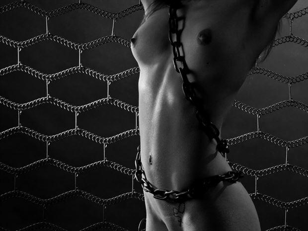 la cha%C3%AEne torsad%C3%A9e 1 artistic nude photo by photographer dick