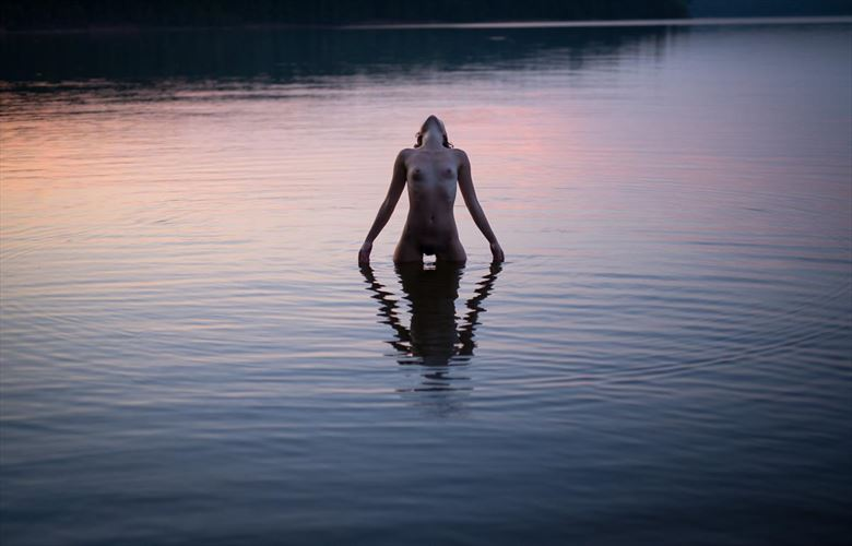 lady of the lake artistic nude photo by model perrinmarie