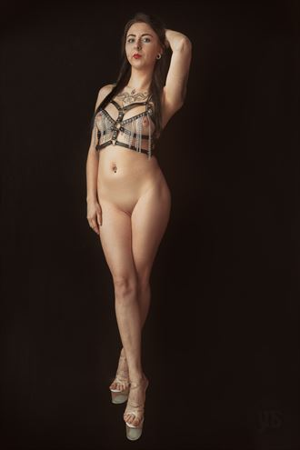 laila artistic nude photo by photographer your naked skin