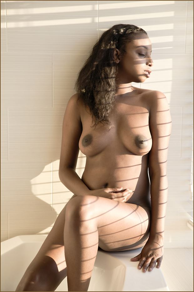 late afternoon light artistic nude photo by photographer dpaphoto